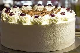 para cuantas personas alcanza un kilo de pastel