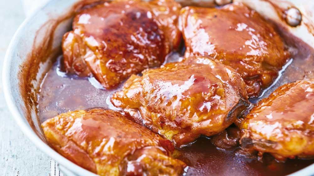 Pollo en Chile Seco receta mexicana para preparar
